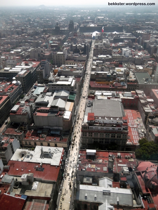 The view of Mexico City, including the Zócalo, from the 42nd floor of the Torre Latinoamericana.